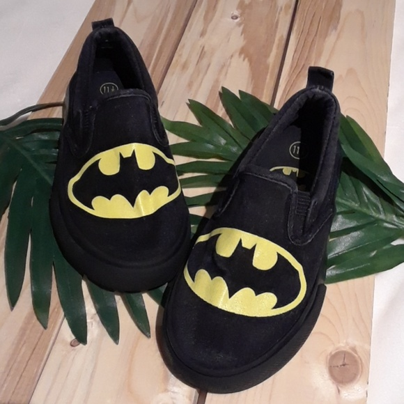 Other - 🐘4/$20sale Holy Smokes Batman slip ons